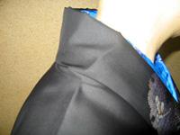長襦袢と着物の衿肩回りが違う着物